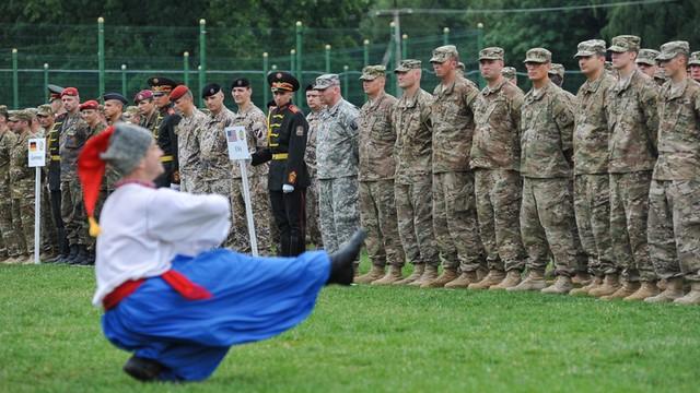 Ćwiczenia Rapid Trident-2015. NATO na Ukrainie niepokoi Rosję