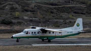 24-02-2016 10:23 Niewielki samolot pasażerski rozbił się w Nepalu