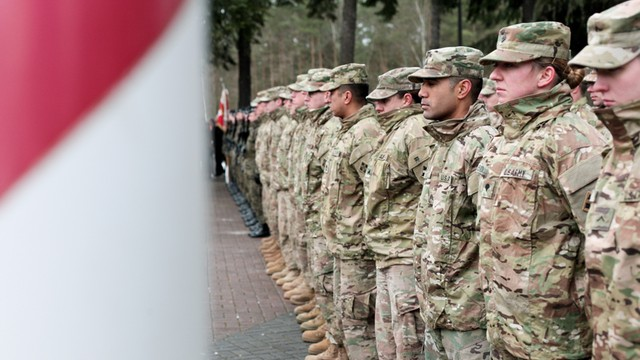 Eksperci: wojska USA w Polsce pretekstem dla Moskwy do naciskania na Mińsk