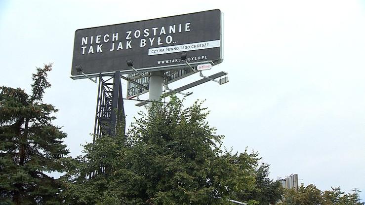 """""""Kampania billboardowa nie łamie prawa"""" - mówią prezesi państwowych spółek, które ją sfinansowały. """"Teraz etap zagraniczny"""""""