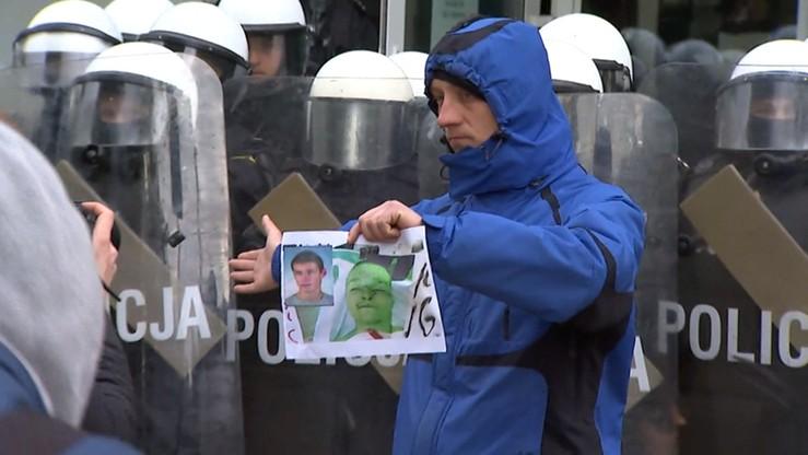 """""""Użycie siły fizycznej i tasera adekwatne do sytuacji"""" - policja o zatrzymaniu Igora Stachowiaka"""