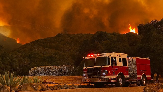 Gigantyczne pożary w Kalifornii. Pięć tysięcy strażaków w akcji