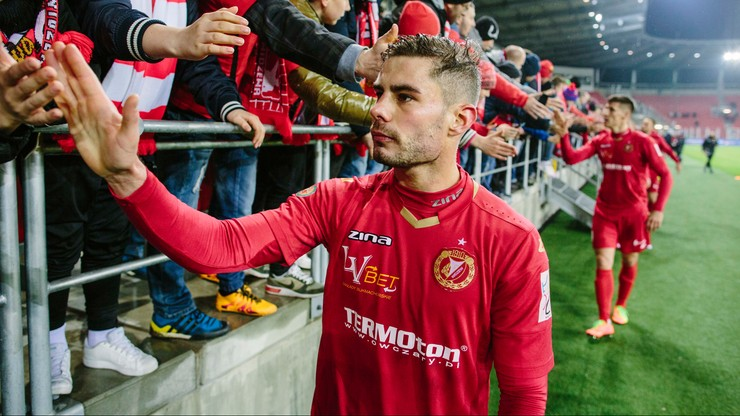 Pomocnik Widzewa Łódź strzelił gola zza połowy boiska (WIDEO)
