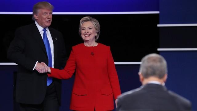 Trump obiecuje, że w debacie nie powie o romansach Billa Clintona