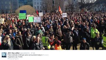 09-04-2016 19:18 Demonstranci w Reykjaviku domagali się ustąpienia rządu