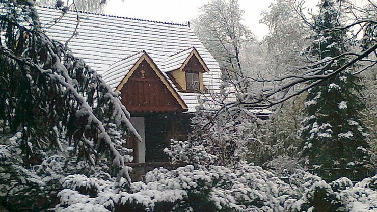 Zima na polskiej Orawie. W środę spadło kilka centymetrów śniegu