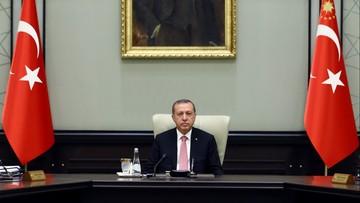 """21-07-2016 05:11 Erdogan wprowadza stan wyjątkowy w Turcji. """"Trzeba oczyścić wojsko z wirusa"""""""