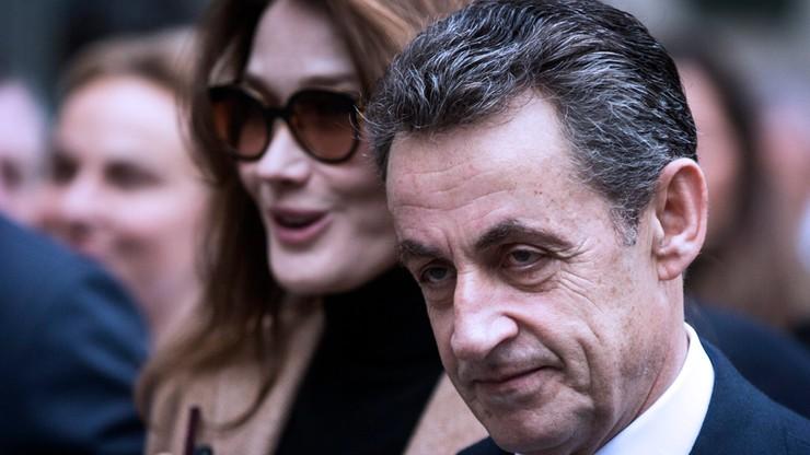 Francja: konserwatywni Republikanie wygrywają, Front Narodowy przegrywa