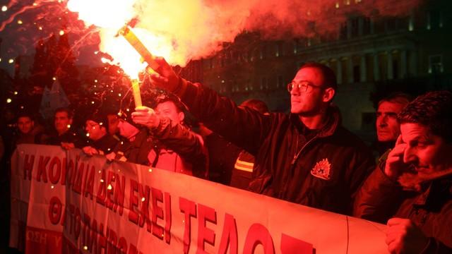 Grecja: służby mundurowe protestują przeciwko reformie emerytalnej