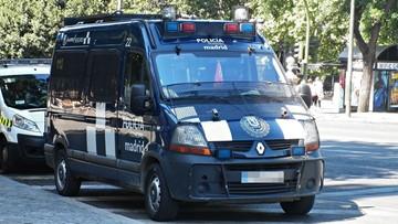 18-10-2016 14:23 Trzej kibice Legii zatrzymani w Madrycie. Media: są posądzeni o atak na kelnerki i wandalizm