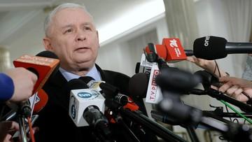 21-12-2016 09:17 Kaczyński, Szydło, Kuchciński, Karczewski, Terlecki - konferencja liderów z PiS w polsatnews.pl