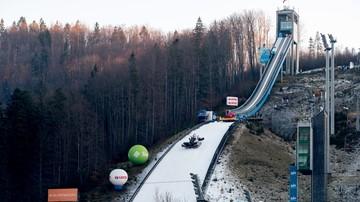 2017-11-17 PŚ w skokach: Nowe tory lodowe w Wiśle-Malince przetestowane