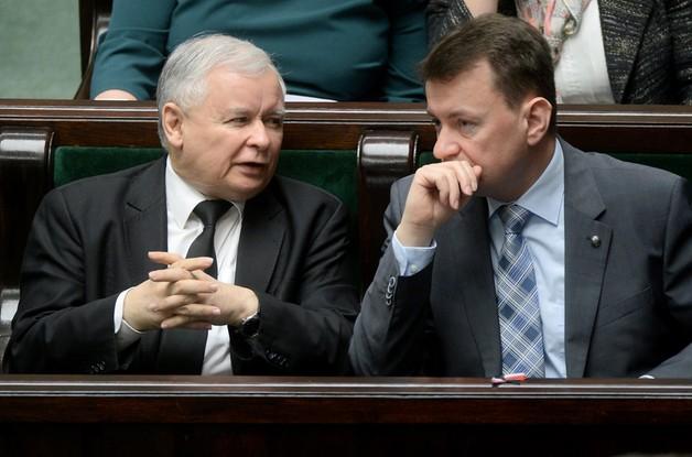 Kaczyński: złożymy 1,6 miliona podpisów