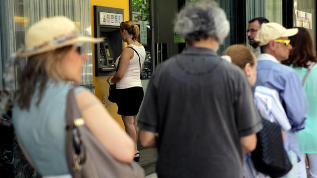 Grecja: banki będą zamknięte jeszcze dłużej