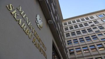 """15-09-2016 15:55 """"Dymisja zgodna z harmonogramem"""", """"efekt walk frakcyjnych w PiS"""". Politycy o odwołaniu ministra skarbu"""