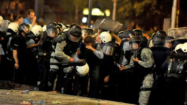 Macedonia: antyrządowa demonstracja w Skopje, starcia z policją