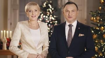 """24-12-2016 08:08 """"Polityczne emocje nie powinny przesłonić szczęścia naszych rodzin"""". Para prezydencka złożyła świąteczne życzenia"""