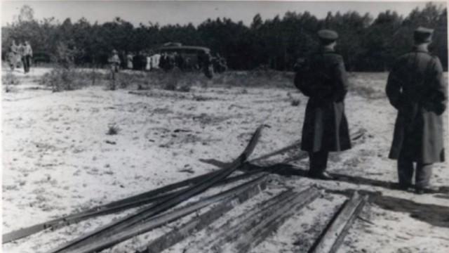 Pomnik dla Romów i Sinti - ofiar obozu zagłady w Chełmnie nad Nerem