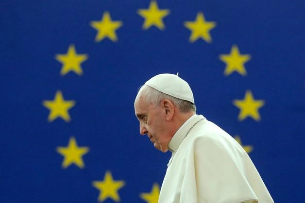 Podstarzała i przytłumiona - papież Franciszek o Europie