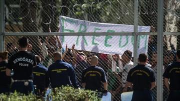 01-06-2016 21:21 Węgry: nielegalni imigranci żądają lepszego traktowania. Przekazali władzom petycję