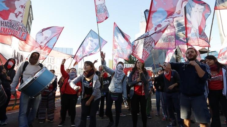 Strajk sparaliżował Argentynę. Ludzie protestują przeciwko rządowej polityce walki z inflacją