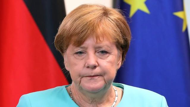 Merkel: do wiosny 2017 roku zaległe wnioski o azyl będą rozpatrzone