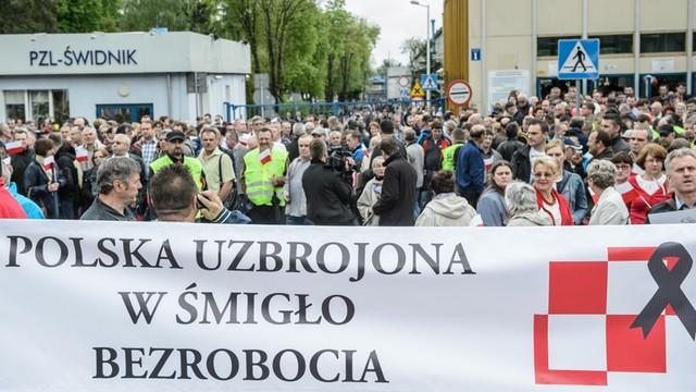 Świdnik: demonstracja przeciw wynikom przetargu na helikoptery