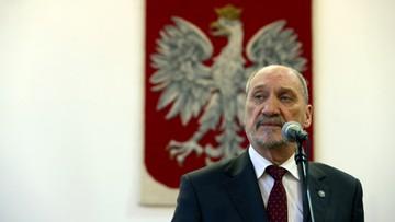Macierewicz: płk Mazguła dostał zakaz noszenia munduru