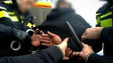 Polak wjechał ciężarówką w ukraińskiego tira. Później zaatakował policjanta