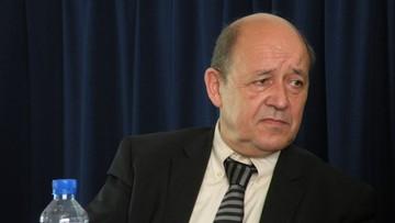 """03-11-2016 10:31 """"Jesteśmy naprawdę oburzeni"""". Szef francuskiego MON o decyzji ws. Caracali i wypowiedzi o Mistralach"""