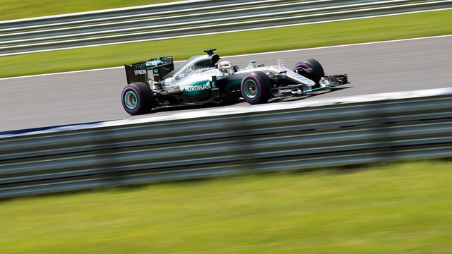 Lewis Hamilton wygrał kwalifikacje przed GP Austrii