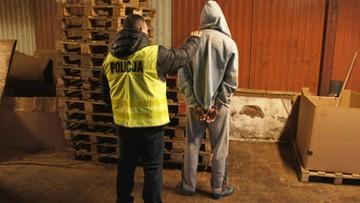 24-02-2017 16:44 Czterech mężczyzn podejrzanych o nielegalną produkcję papierosów