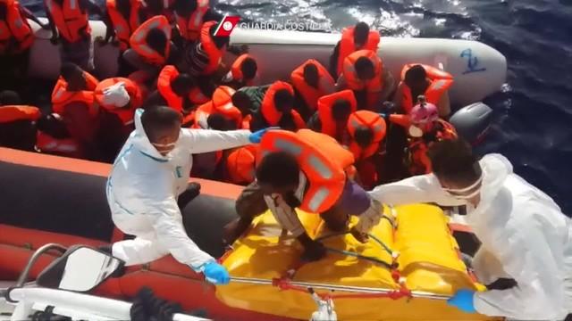 Akcja ratunkowa na Morzu Śródziemnym. Ocalili 2400 migrantów