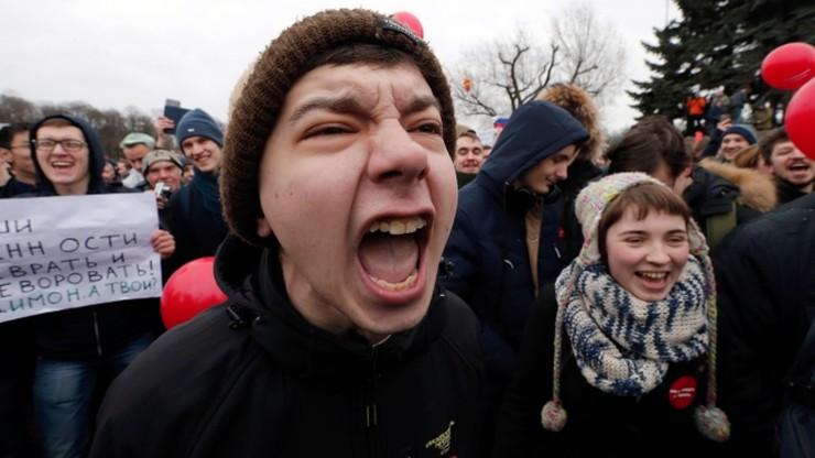 Zachodnia prasa o przebudzeniu się społecznego protestu w Rosji