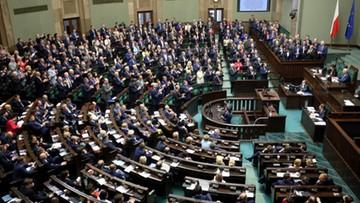 12-04-2017 15:04 Czworo posłów Nowoczesnej przeszło do Platformy