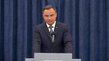 01-09-2017 11:22 Prezydent Duda liderem rankingu zaufania. Największą nieufność budzi Macierewicz