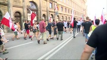 Marsz środowisk narodowych z okazji rocznicy Powstania Warszawskiego