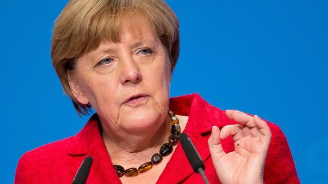 Merkel: euro i strefa Schengen niezwykle ważne dla Niemiec