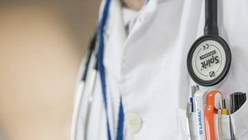 31-03-2016 15:32 Lekarze z Radomia zgodzą się na niższe pensje albo odejdą z pracy