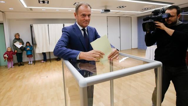 Tusk pogratulował Szydło zwycięstwa