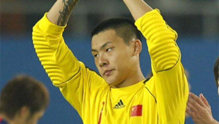 Chińscy piłkarze podziękowali Australijczykowi, który… pomógł im wygrać