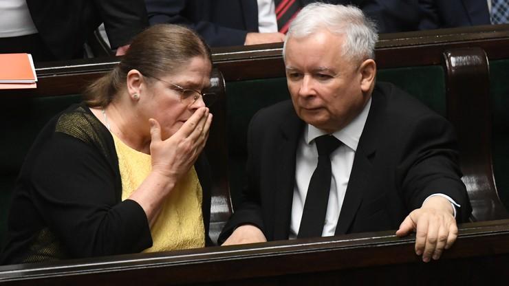"""Ostra reakcja prof. Pawłowicz na zapowiedź korytarzy humanitarnych: """"inwazja"""", """"wojna"""". I apel do Beaty Szydło"""