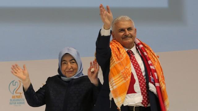 Turcja: Minister transportu Binali Yildirim wybrany na szefa AKP