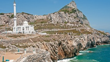 12-07-2016 19:08 Hiszpania zaproponowała W. Brytanii wspólną władzę nad Gibraltarem