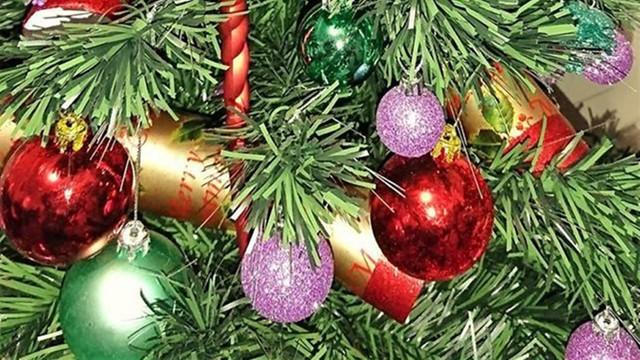 Gazeta Wyborcza: Święta przy sklepowych kasach