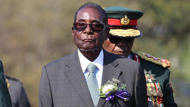 Zimbabwe: Mugabe usunięty z funkcji przewodniczącego ZANU-PF