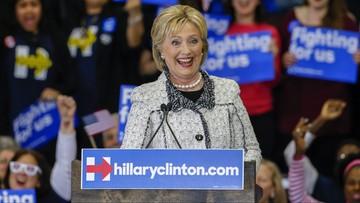 28-02-2016 06:41 Hillary Clinton zdecydowanie wygrywa prawybory w Karolinie Płd. Bernie Sanders nie składa broni