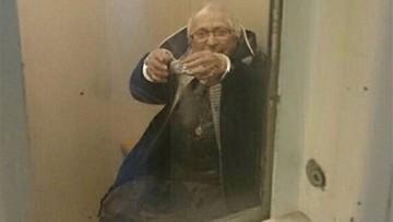 02-03-2017 23:17 Aresztowana 99-latka. Policjanci spełnili jej marzenie