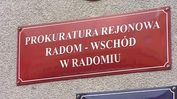 Dozory policyjne dla trzech mężczyzn podejrzanych o pobicie działacza KOD w Radomiu