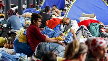 """29-08-2017 17:47 Niemcy przestali odsyłać uchodźców na Węgry. Bo w tamtejszych obozach panują """"podłe"""" warunki"""